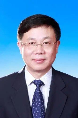 黄桂田——经济理论专家